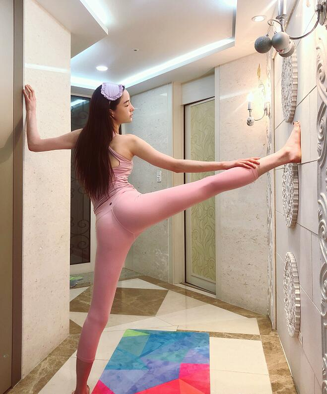韩国模特潘南奎生活照,很美