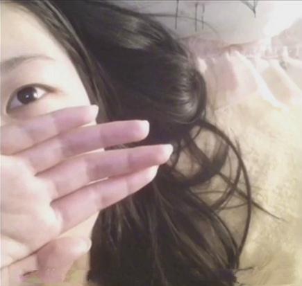 白皙漂亮美女奶大皮肤白[1V/39MB]