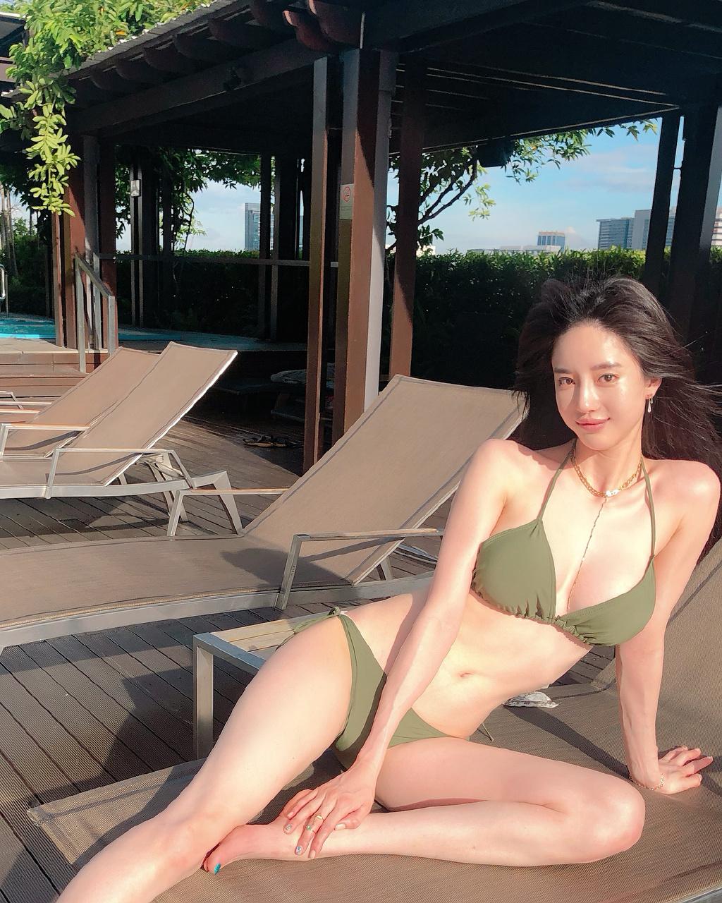 涨姿势INS美图录:Seojin_Ban潘南奎 福利吧 第4张