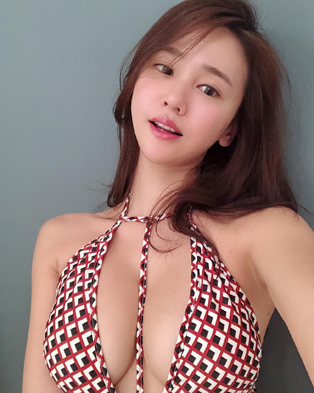 漲姿勢INS妹子圖:kim_pro_10 ???? 妹子圖 熱圖4