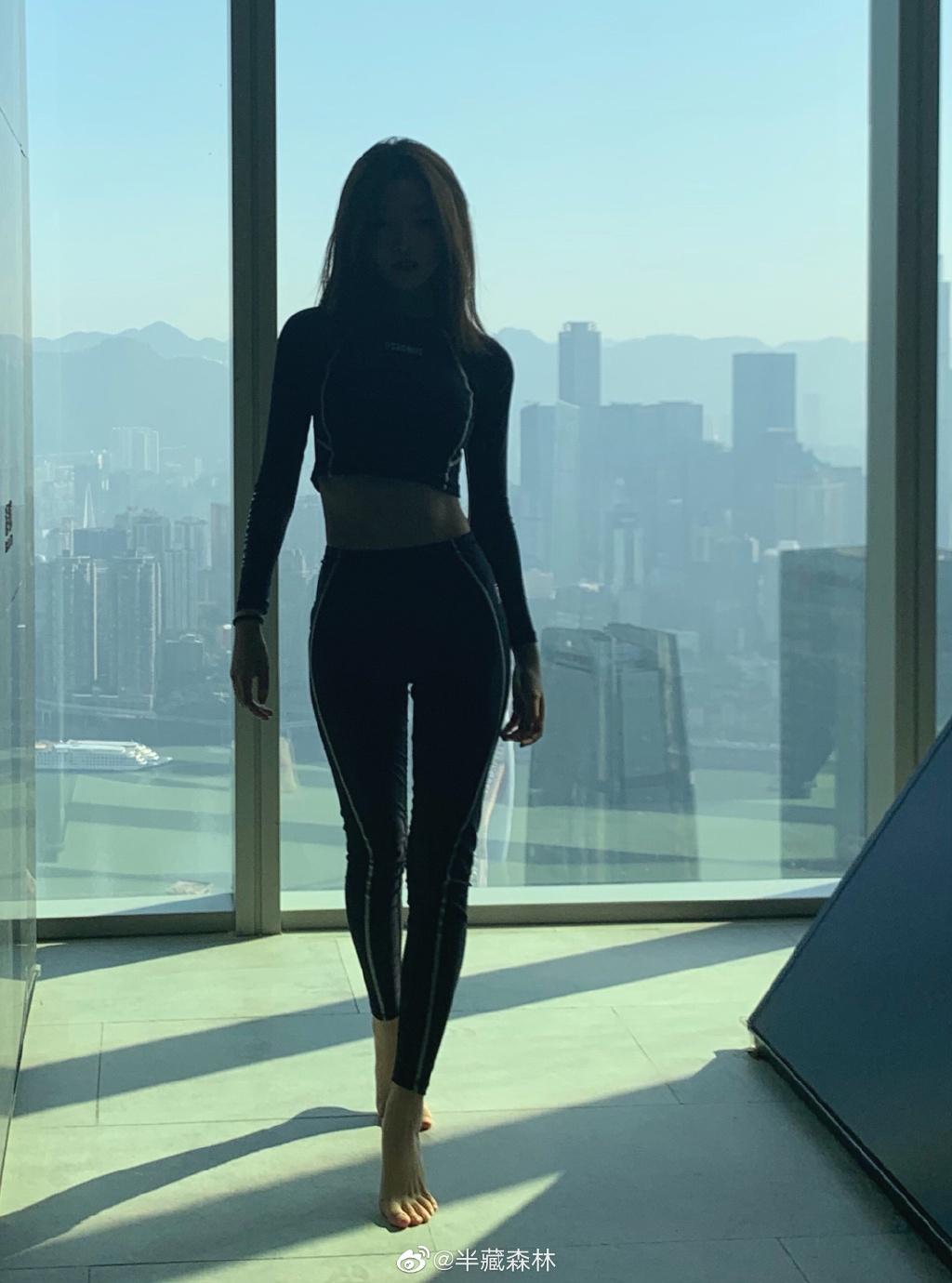 """半藏森林又火了,因王思聪给她评论""""真不怪刘阳"""" liuliushe.net六六社 第6张"""