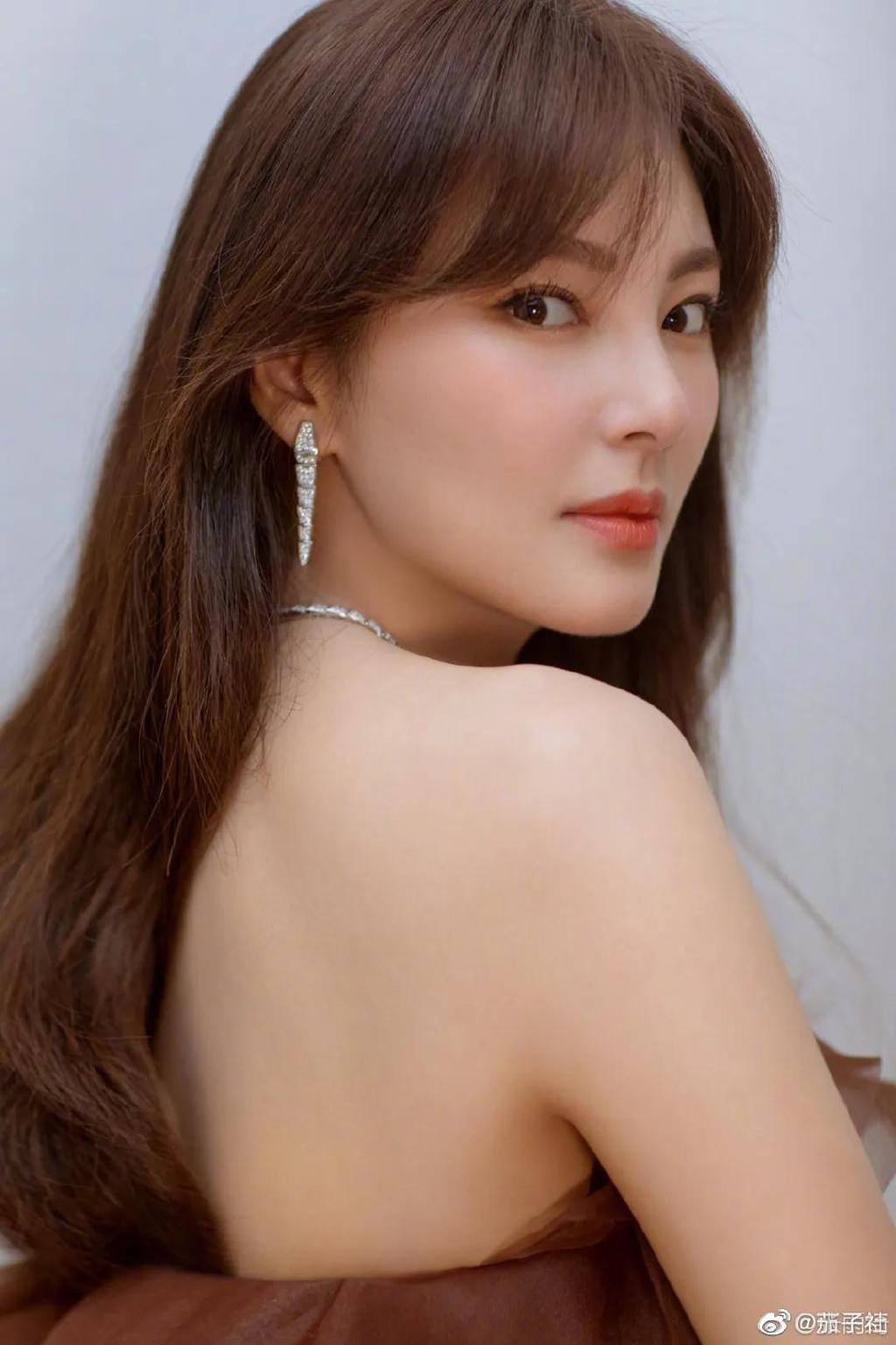 张雨绮资料介绍及高清性感美女写真