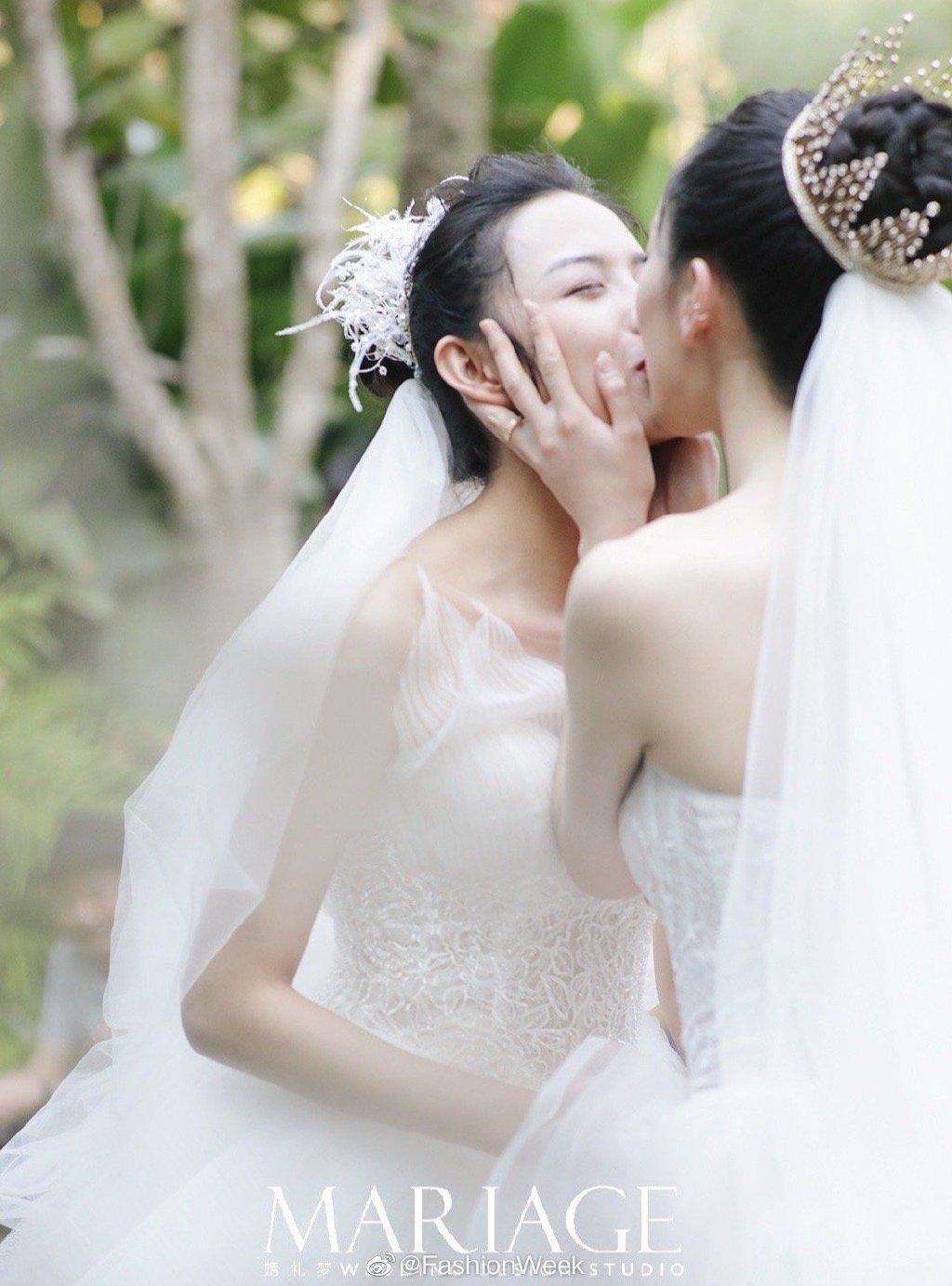 这不是一场同性恋婚礼,这就是一场婚礼。又自然又美好,双方家长也了不起 涨姿势 第5张