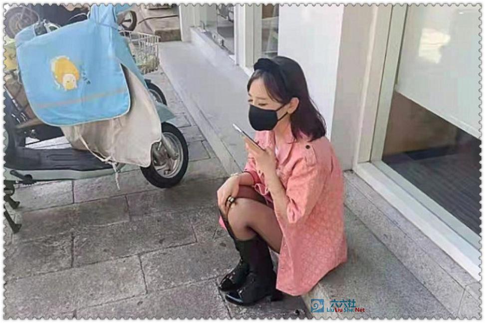 杭州法拉利撞电动车,副驾驶女子照片