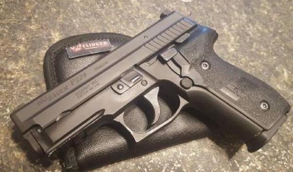 全球十大著名手枪排行榜:M9手枪最受美军喜爱