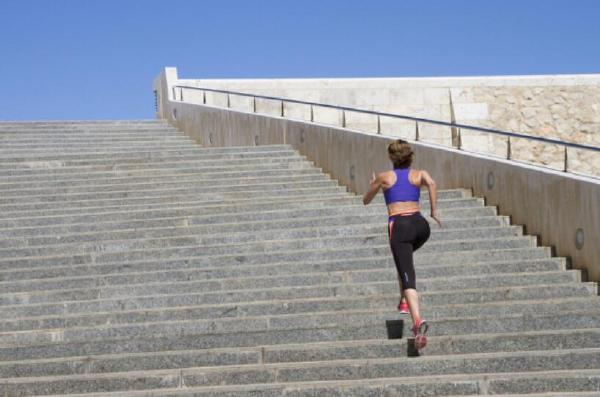 十大减脂运动排行榜 最有效的减脂运动推荐