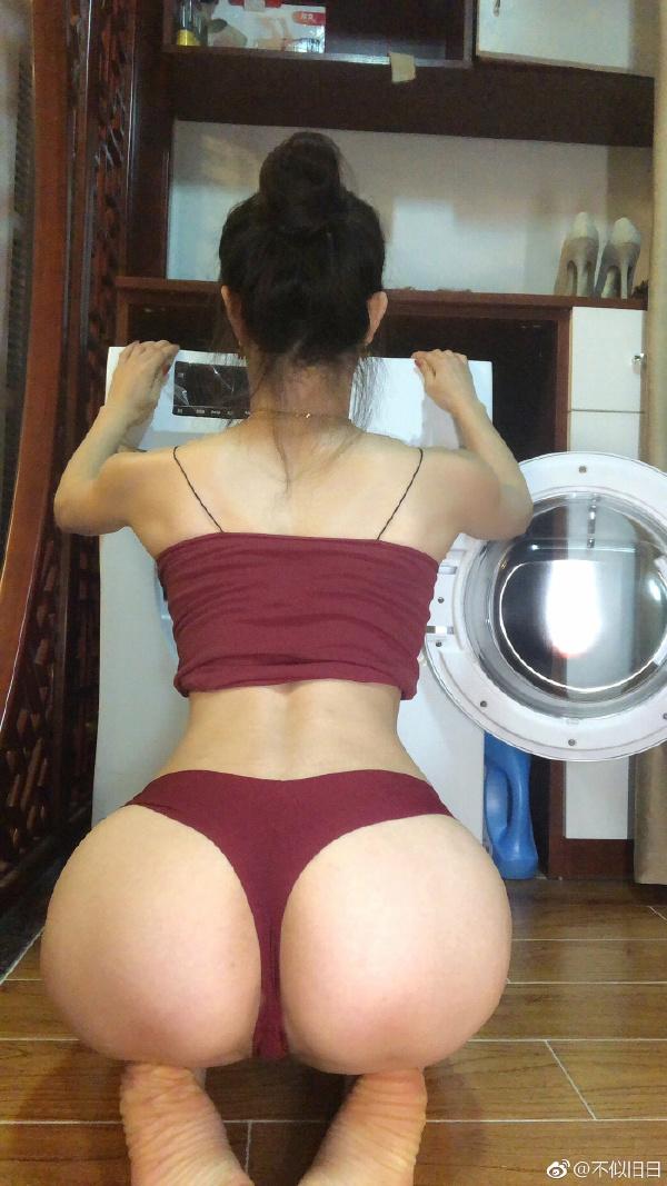 【内涵GIF第229期】这位女少侠好嘴法!本*田岬打扫卫生露出内涵的一面