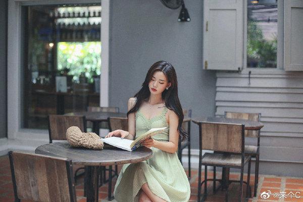 每日一曲:Here With Me (Two Worlds) 身边缺少欣赏同类歌曲的朋友是一种遗憾 liuliushe.net六六社 第1张