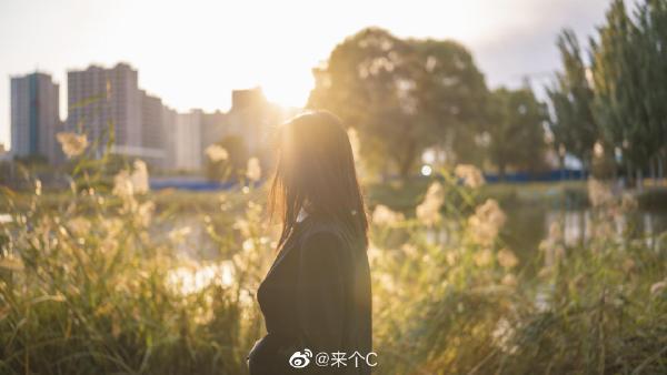 """2020日刊第120期:抖音网红""""果冻""""一手资料什么梗? liuliushe.net六六社 第2张"""