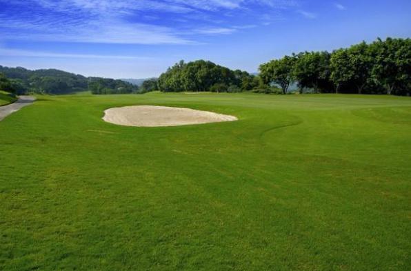 中国十大高尔夫球场排行榜:春城高尔夫球会18洞被评为最佳球洞