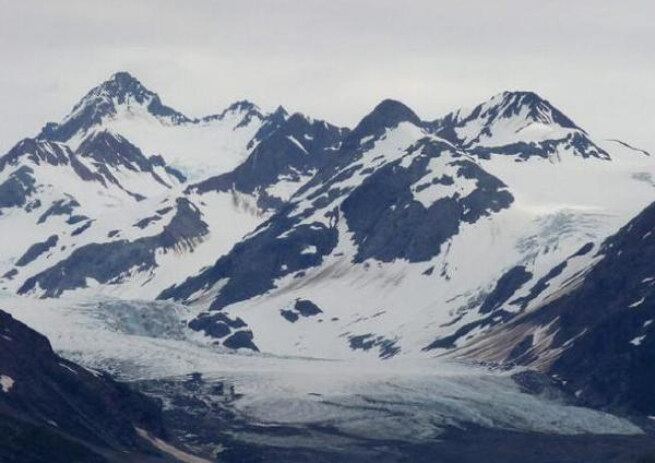 世界十大冰川排行榜:兰伯特冰川是世界最大冰川