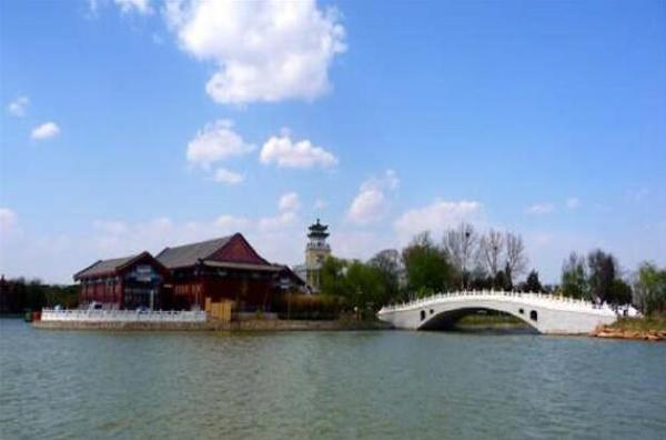 """中国十大最美城市公园排行榜:玄武湖公园被誉为""""金陵明珠"""""""