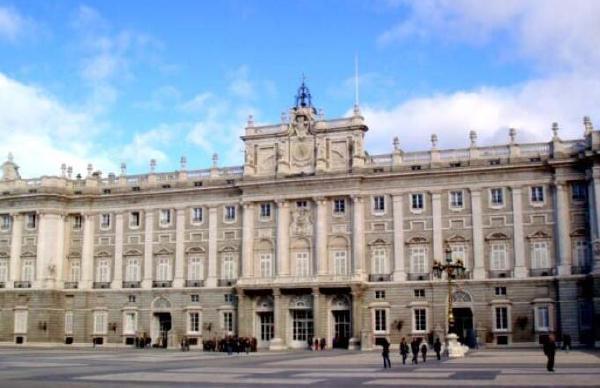 西班牙十大城市排行榜:巴塞罗那最受游客欢迎