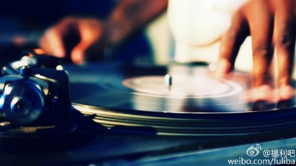音乐合集:上千首绝世英文歌 各种DJ舞曲 车载极品慢摇打包下载