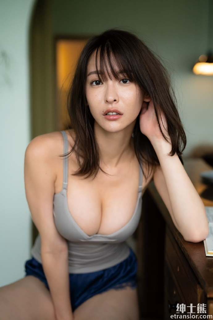 正妹奈月赛纳终于再推写真172 cm+御姐气息迷倒网友 网络美女 第14张