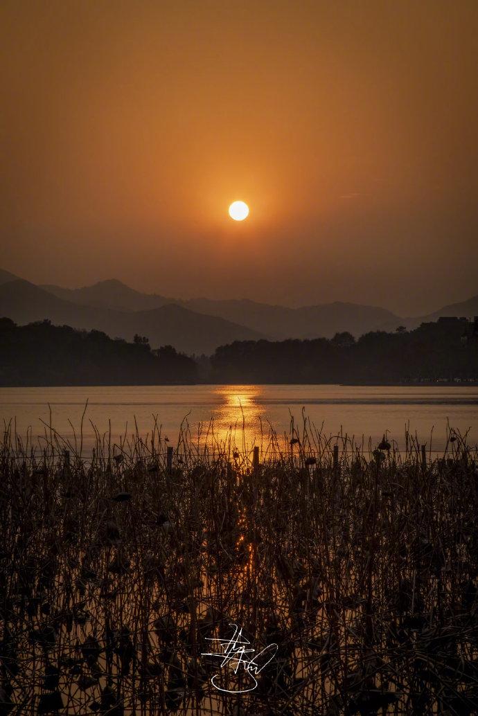 [瓜皮秀0111]西湖日落