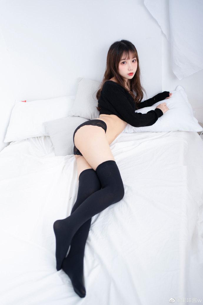🖤小黑&小白🖤日系写真私房少女 18P