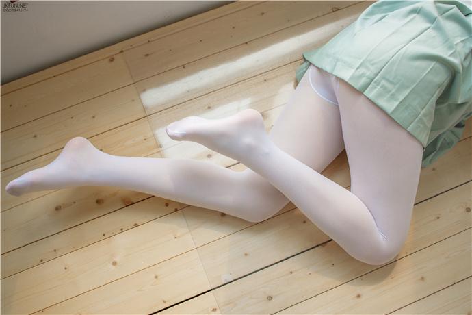 【森罗财团】JKFUN-009.白丝小姐姐写真套图 森罗财团