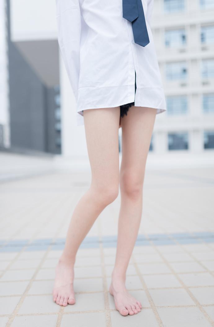 果腿白衬衫,足控福利 中日妹子