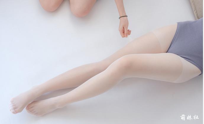 jianzhide.com_白玉无瑕学生妹,清纯白丝写真