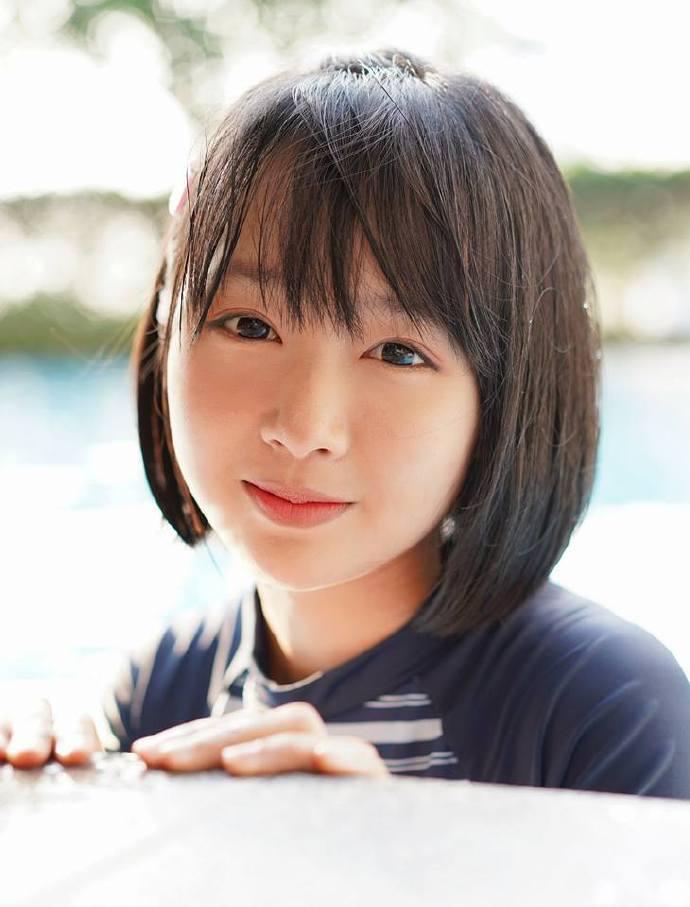 泰国清纯美少女Mintra Dingdong-福利巴士