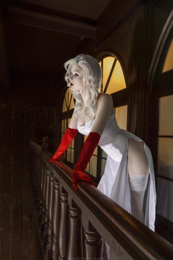 cosplay写真:俄罗斯的金发美女coser——INS:ellesa_k