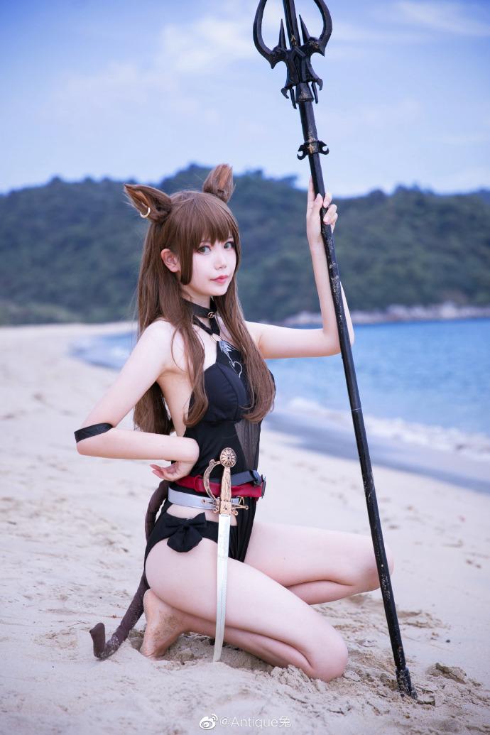 Antique兔cosplay明日方舟天火 第7张