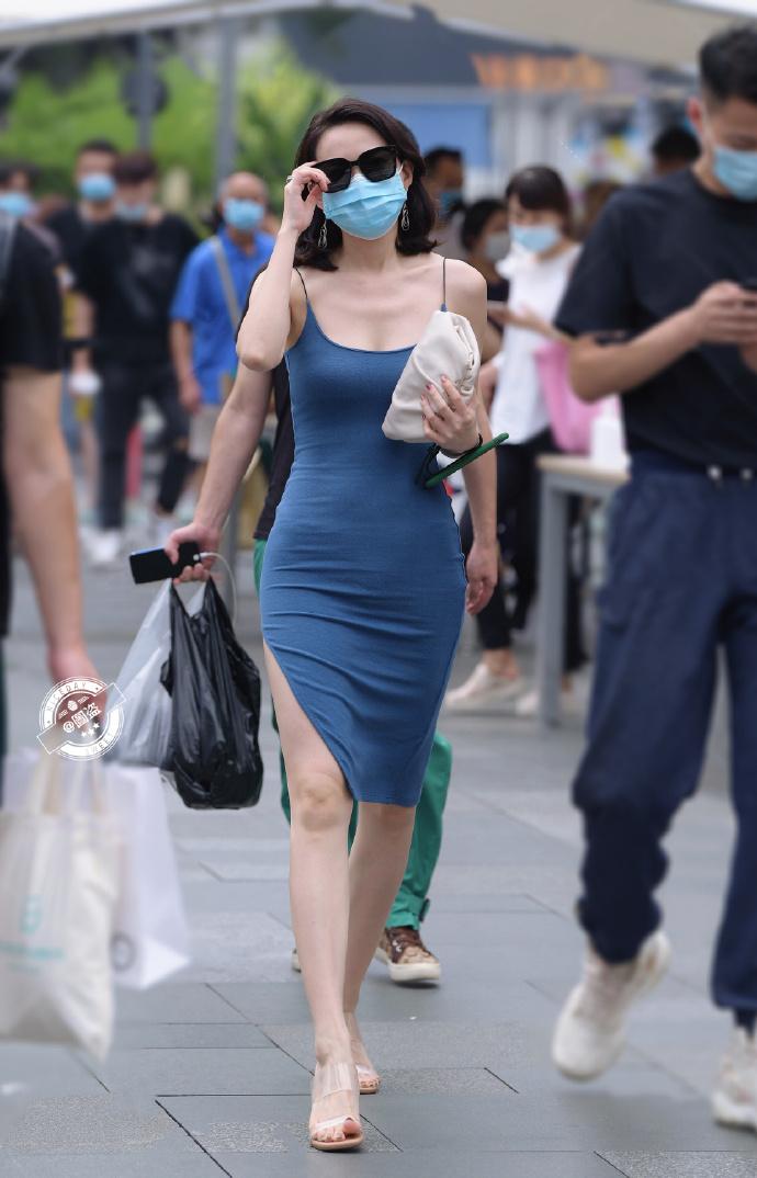 今日妹子图 20200830 标准的肤白貌美大长腿 liuliushe.net六六社 第10张