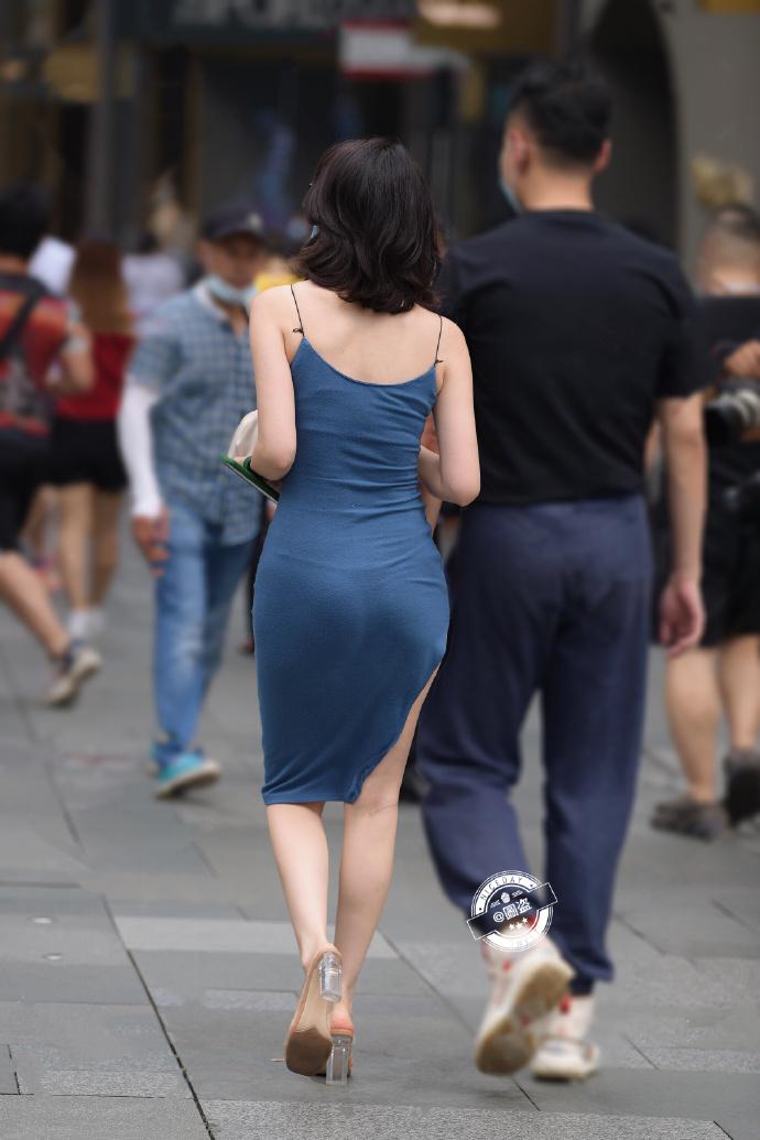 今日妹子图 20200830 标准的肤白貌美大长腿 liuliushe.net六六社 第12张