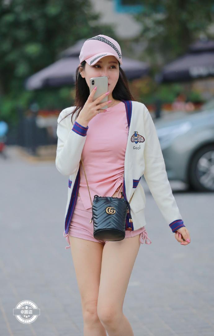 今天的妹子裤子有点紧coserba.com下福利 第6张
