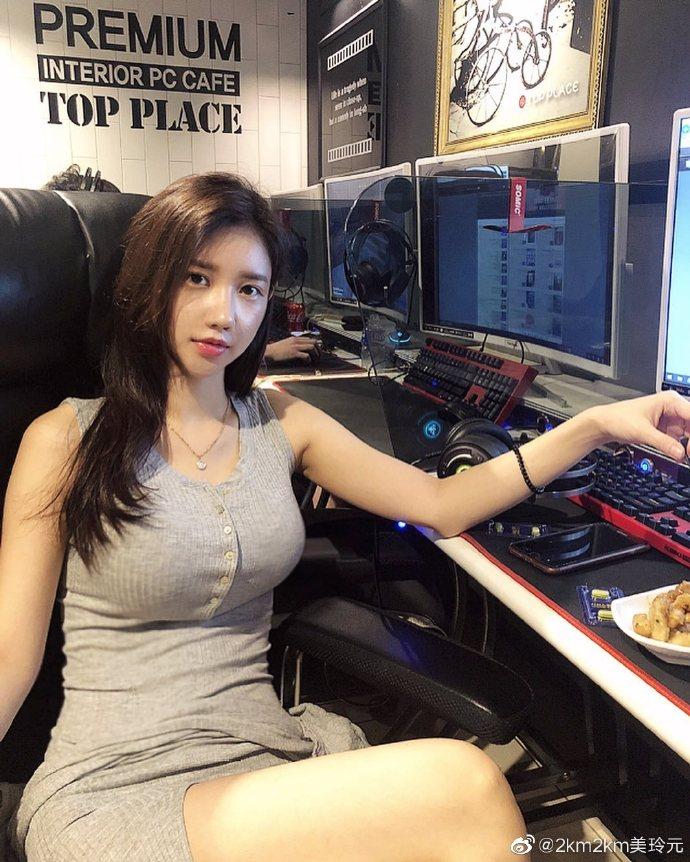 今日妹子推荐#韩国网络红人@2km2km「美玲元」원미령