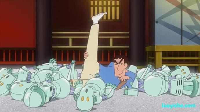 【恶趣味】脚最臭的日本上班族,蜡笔小新老爸自带臭味模型发布