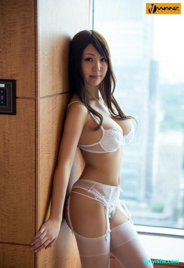 日本国宝级人间胸器橘优花的详细资料和经典作品介绍