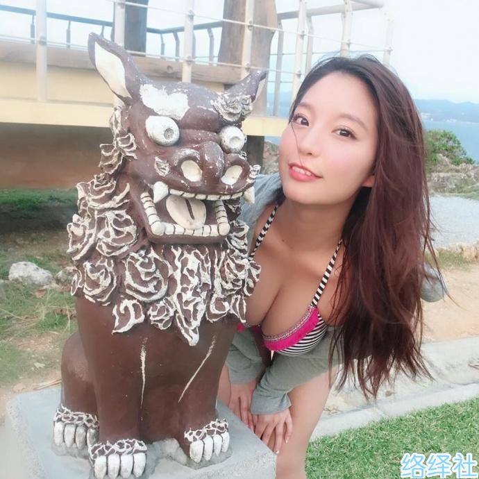 日本写真女星久松香织极品御姐图片引人幻想