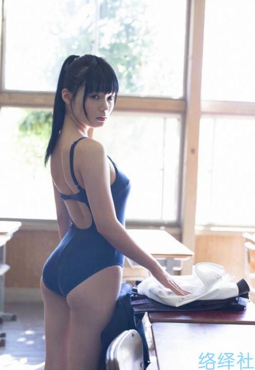 中学就出道的日本写真美女星名美津纪清纯图片合集