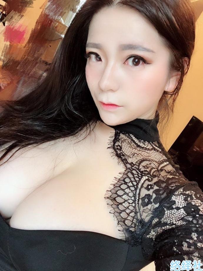 微博福利女神【奶兔】不雅照遭前夫曝光,素颜长这样你还可以吗?