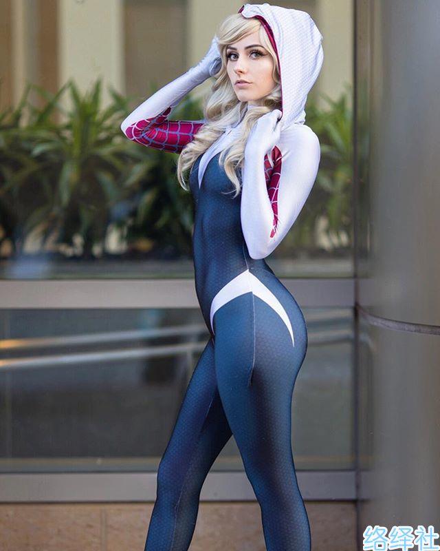 欧美御姐Rolyatistaylor大玩cosplay成熟气息爆表