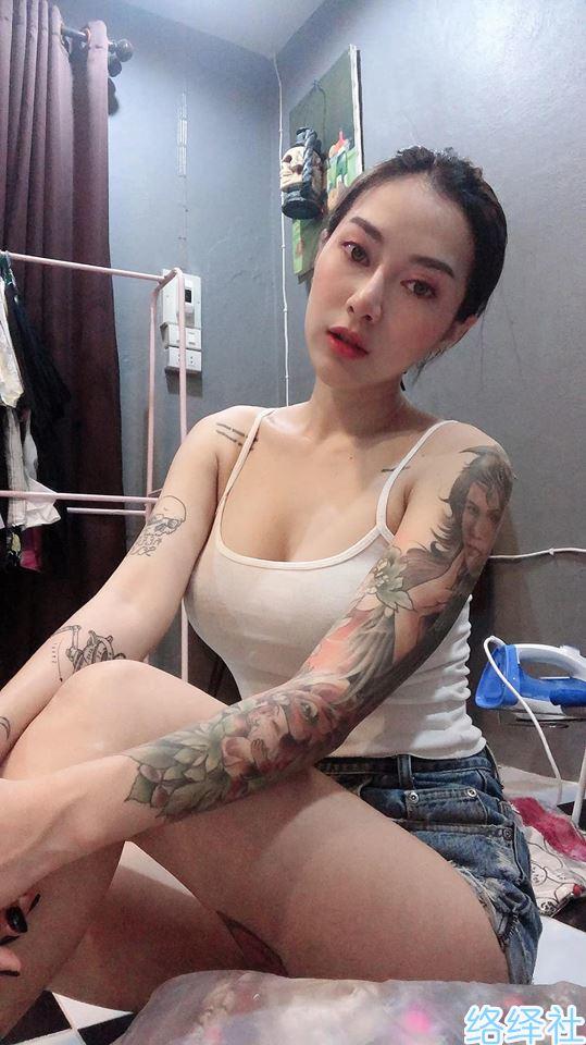超奔放摩托机车女神!泰国美女模特Supranee Fankham