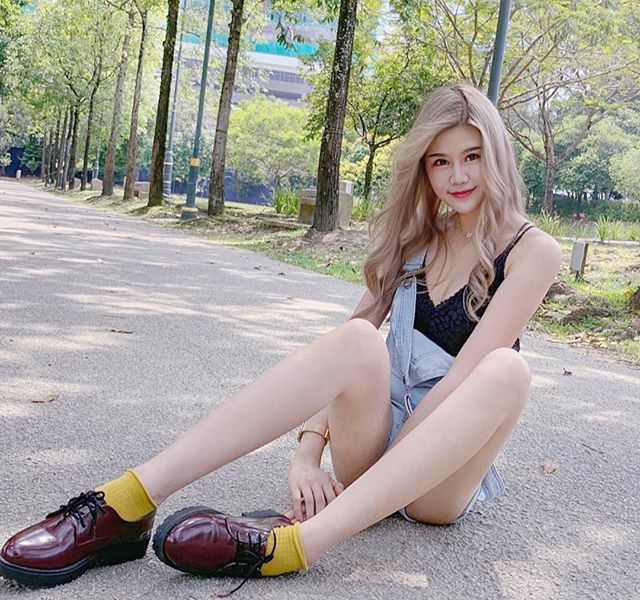 白皙大长腿不科学,马来西亚美女Elise的惹火身材!