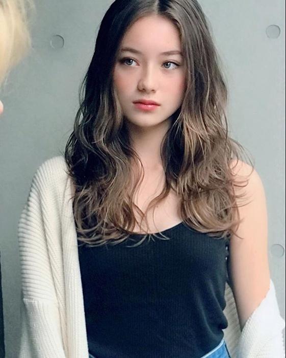 奇迹的13岁!混血美女Sakura Kirsch的灵动电眼让人心动