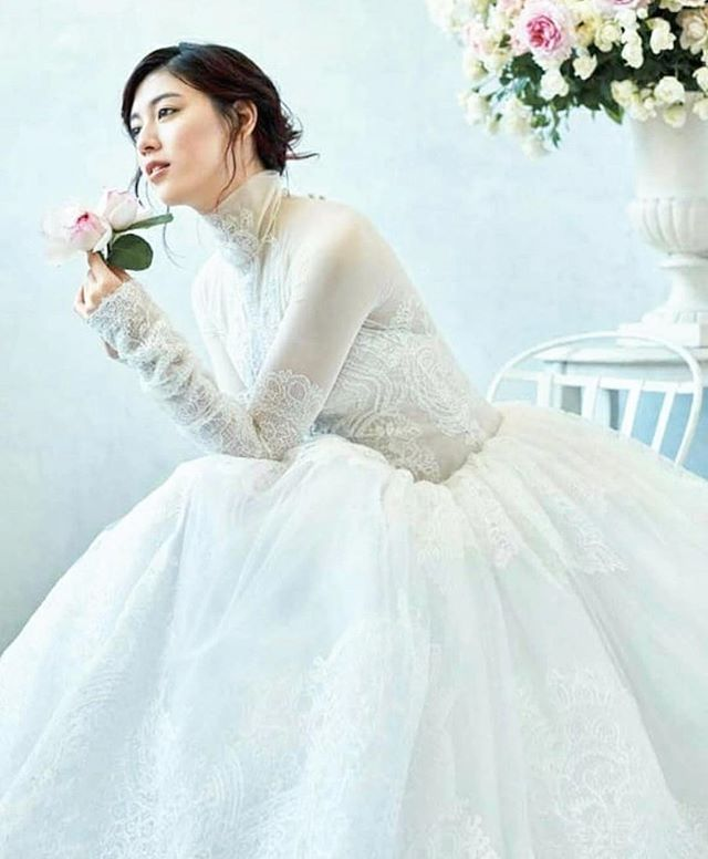 周杰伦新歌「说好不哭」MV女主角三吉彩花,美到全世界都在讨论她!