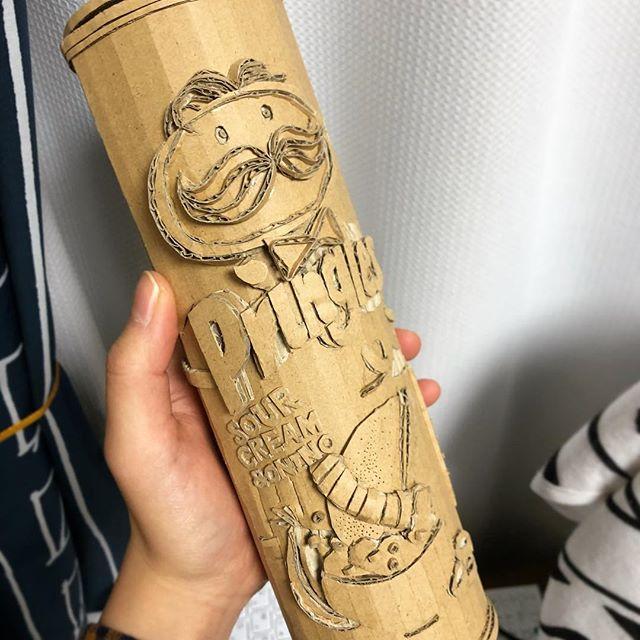 废物再利用!日本美女艺术家用纸箱制作立体模型!