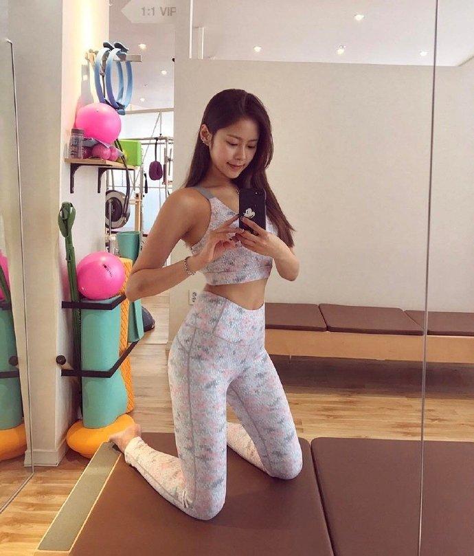 喜欢健身的小姐姐、看起来就是不一样?
