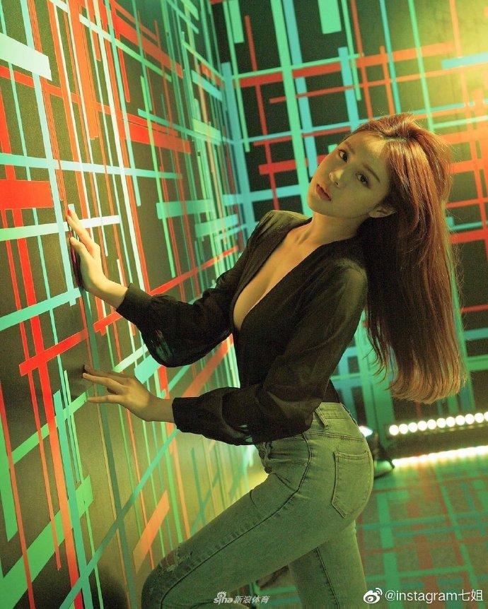 林书豪的女粉丝,台湾模特lena莉娜