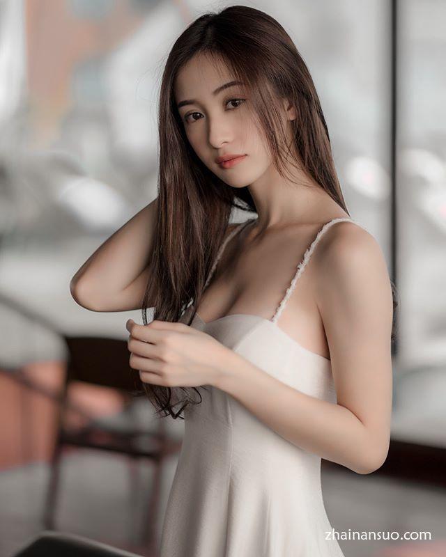 越南爆红奶茶妹《Vũ Phương Anh》,颜值与身材完美到像是仙女转世!-宅男说