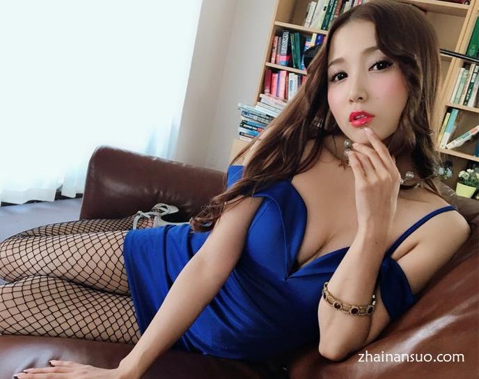 友田彩也香新作MMTA-011 黑色连裤袜展现女人魅力-宅男说