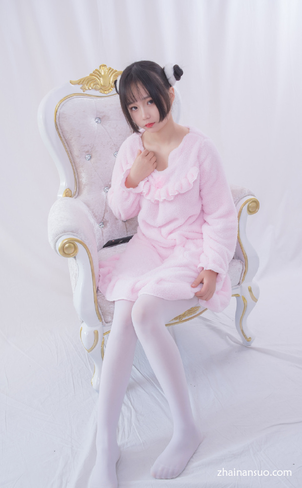 [轻兰映画]写真Vol.017 粉色系白丝美腿-宅男说