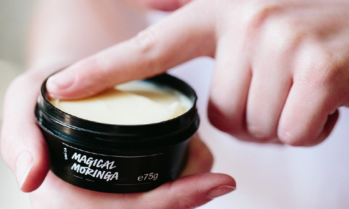 在您的护肤方案中包含辣木的 3 个理由