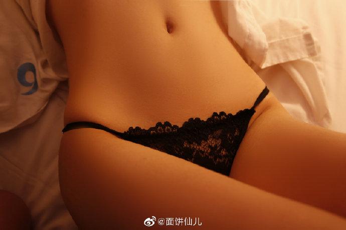 看妹吧微博妹子推荐@面饼仙儿 超可爱!