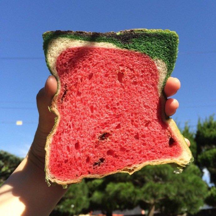 西瓜味土司图片